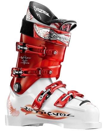 Leo Slemett skiing FWT19 Andorra